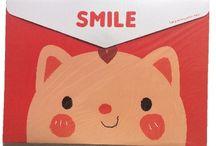 http://www.ohsosweet.nl/a-39592598/mappen/a-4-roze-kat-horizontaal/ / kawaii, cute, nederland, map, A4, smile, cat, diy, ohsosweet, stationary, schoolspullen, school spullen, kat, rilakkuma