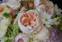wedding bouquets with beautiful garden roses David Austin / weddings bouquet with beautiful garden roses David Austin Luxury Collection   weddings -special events in Greece           info@flowers4u.gr