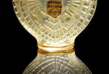 Art Decò oggetti e maioliche / lampade , orologi , vasi, maioliche ,oggetti d'arredamento dal1920 al 1940