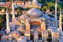 """Istanbul / """" Les filles, je rêve de visiter Istanbul; le week-end de Pâques on laisse de côté nos stages, l'EFAP et notre vie parisienne/bordelaise et on y va ! Vous me suivez dans mon délire ? """""""