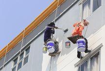 Buitenmuurverf / Een buitenmuurverf geeft uw muur een goede bescherming tegen vocht en regen. U kunt ook uw buitenmuur impregneren.