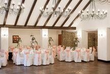 Loja Domnească - petreceri private / Aerat şi graţios, Restaurantul Loja Domnească poate găzdui petreceri cu până la 200 de persoane.