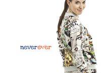 Never Ever brand / 'Never Ever nudy w modzie' - zasada ta przyświeca nam od początku działania firmy. Wszystkie ubrania przez nas projektowane idealnie ją odzwierciedlają – są nieszablonowe, wykonane w sposób wyjątkowy, prezentują niebanalne podejście do świata mody, zachwycają fasonami i wyszukanymi tkaninami.