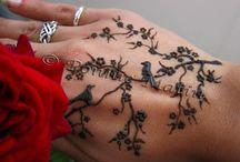 tatuaj pe mana
