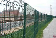 BETAFENCE: Ogrodzenie Terminala w Kownie / Terminal logistyczny w litewskim Kownie został zabezpieczony unikalnymi panelami ogrodzeniowymi Nylofor 3D Super na łącznej długości 2 kilometrów. Dodatkowo niektóre części terminalu chroni ogrodzenie wysokiego zabezpieczenia Securifor 3D o wysokości 3 metrów.