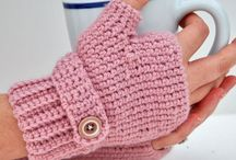 gloves crochet / by Terry Davidson