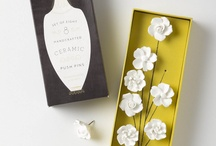 Lapel flower packaging