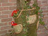 Gaaf gaasidee/ Chicken Wire Ideas / Ideetjes voor het maken van leuke kippengaas decoraties. A lot of Ideas for Chicken Wire Decorations/Crafts