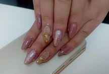 Nails' AM