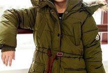 Moncler в Lapin House / Moncler известен во всём мире своими необыкновенно тёплыми и прочными пуховиками, куртками, пальто и костюмами. Теперь и у нас появилась возможность узнать, насколько он хорош!