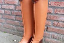 Paardrijkleding / Voor alle soorten rijkleding, schoenen, laarzen en accessoires.