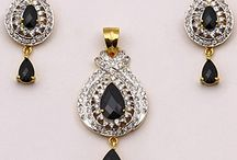 Indian Jewellery Online / Utsav Fashion brings you beautiful collection of Indian jewellery created by the finest artisans.