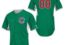 Chicago St. Paddy's Day Gear / Everyone can be rock the Irish pride with our selection of St.Paddy's Chicago sports gear!