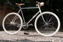 Old Style Bicycle / by René Stettler