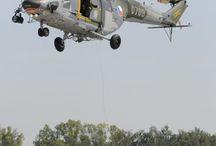vojenské letadla / letadla které zachranují i zabíjejí