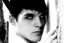 i like vampires