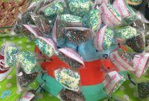 MaS&CaKeS / MaS&CaKeS deliciosos masmelos cubiertos de chocolate y cupcakes