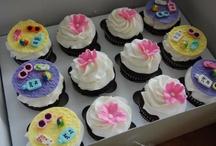 Cupcakes / by Angela Barton