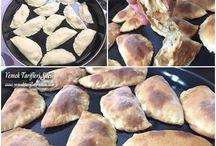 Karışık pita ekmeği