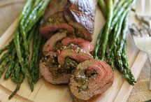 Plate of Indulgence / Delicious meal ideas for yourself, your family or the perfect date!