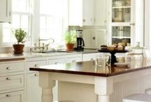 Kitchen Islands / by Becky Lukow