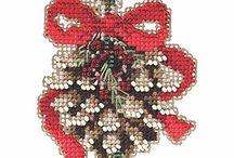 Cross Stitch Tutorials | A Cross Stitch In Time / Cross Stitch Tutorials and Instruction Articles