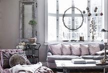 Parisian Chic / #luxuryweddingplanner #franceweddings #chateauweddingfrance #weddingceremony #weddinginspirations #corporate #event #planner #corporateeventplannerparis #elegant