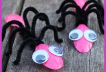 cute bug craft using spoons and pipe cleaners
