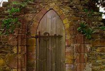 Love Doors / by Brenda Wagner