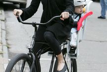 Celebrities cycle chic