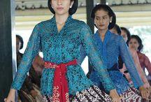 Me - dancing. / #dance #traditional #yogyakarta #indonesia #sanggul #kebaya #budaya #art #culture