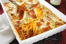 Mi piace il cibo italiano / by Christina Butler