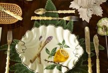 Table settings --- dressings / To set and dress a Table nicely-- for the most Humble moment up to Grandeur is to bring People together this-- Creates memories on itself-- it is also a nice way to show Respect and politeness towards Yourself and Others