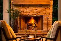 Outdoor Fireplaces / Outdoor Fireplaces