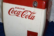 Marchi Coca Cola-Frigo e Dispenser / by Valentino Calori