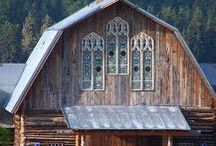 Barns / by Tennette Curry