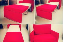 LEONARDO ( Πολυθρόνα-Κρεβάτι) / Mια υπεραναπαυτική πολυθρόνα που μετατρέπεται με μια απλή κίνηση σε μονό κρεβάτι.Έχει μεταλλικό μηχανισμό,στρώμα ιταλικής κατασκευής (Ultra Latex) και παρέχεται η δυνατότητα επιλογής υφάσματος για το κάλυμμα.