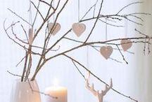 Dekoideen zum Barbaratag / Der Brauch zum Barbaratag sieht vor, dass ihr euch Kirsch- und andere Blütenzweige abschneidet und in der Weihnachtszeit drinnen zum Blühen bringt. Dabei sehen die Zweige nicht nur toll aus, sondern sollen auch die Zukunft voraussagen können.