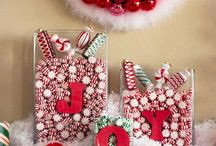 Christmas Decor / by Betty Salopeck Garisek