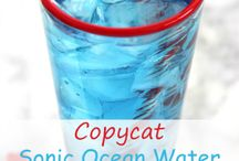 Fun Drinks (Non-Alcoholic) / Great drink ideas for a party or just for the fun of it.