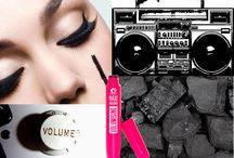 Maxi Mascara Volumising / Go big or go home!  Pump up the Volume of your lashes!
