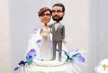 Cake Topper Matrimonio Personalizzati / Una selezione di idee per il cake topper della tua torta di matrimonio. Stile cartoon, personalizzati o con gli animaletti?