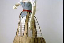 corsetten en hoepelrokken