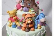 Cupcakes & Cakes / by Brandy Schneider