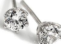 Diamantørepynt / Klassiske og eksklusive diamantøredobber i topp kvalitet!