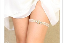 wedding garters / by Debbie Dunn