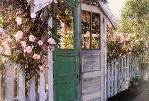 Inspirasjon hus / DIY tømmerhus innredning bygg hage veranda tips ide snekring