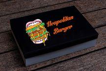 Packaging Alimentare / DM PRINT vs FOOD Allestisci con noi il tuo Pub, Pizzeria, Bar o il tuo Street Food con i nostri packaging alimentari!  Curiamo ogni minimo particolare e riusciamo ad offrire un prodotto innovativo, tutelando i tuoi clienti e dando un'immagine migliore alla tua attività