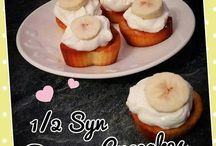 banana  cakes