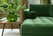Tendance du moment : le vert ! / Une green attitude à adopter avec un papier peint à motifs ou à décliner avec des objets déco !